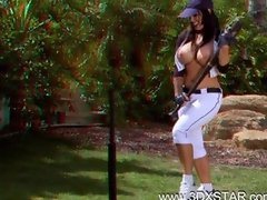 Jenna Presley Get a 3D Bat in Her Pussy