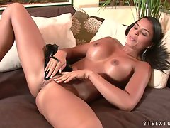 Sasha Cane pushes her thong deep in her pussy and gets herself off