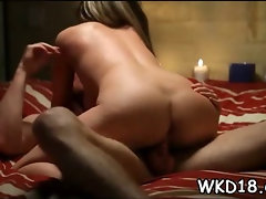 Wet snatch gets fucked