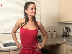 Valentine cruz - a naughty british housewife
