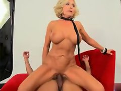 Mature porn whore loves cock in her holes