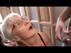Granny threesome with toothless slut