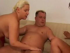 Mandy Blue visit a horny couple
