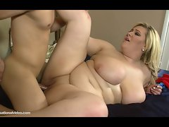 Amazon Obese Skye Sinn Bangs Gaunt White Dude