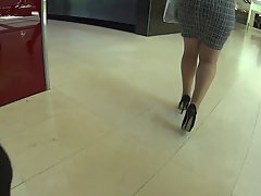 Fatty butt in heels 2