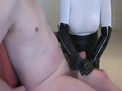 Top heavy hand job in long leather gloves